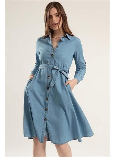 Pattaya Pattaya Kadın Kuşaklı Uzun Kollu Kot Gömlek Elbise Y20S110-1924 Mavi